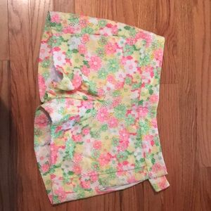 Lilly Pulitzer short size 4